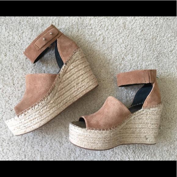 f6636c8706f41 Dolce Vita Straw Wedge Sandals